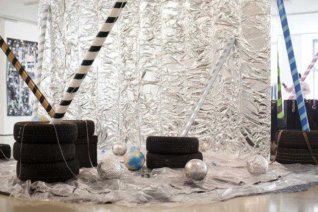 Moshekwa Langa, The Jealous Lover, Installation view, ifa Galerie Berlin, 2014 © Victoria Tomaschko