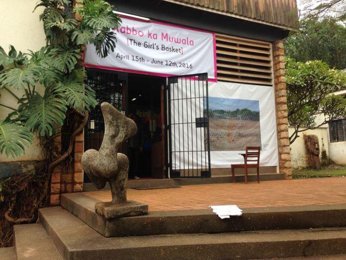 Artwork by Thenjiwe Niki Nkosi: Loophole, 2010, photography. Photo: Peters-Klaphake