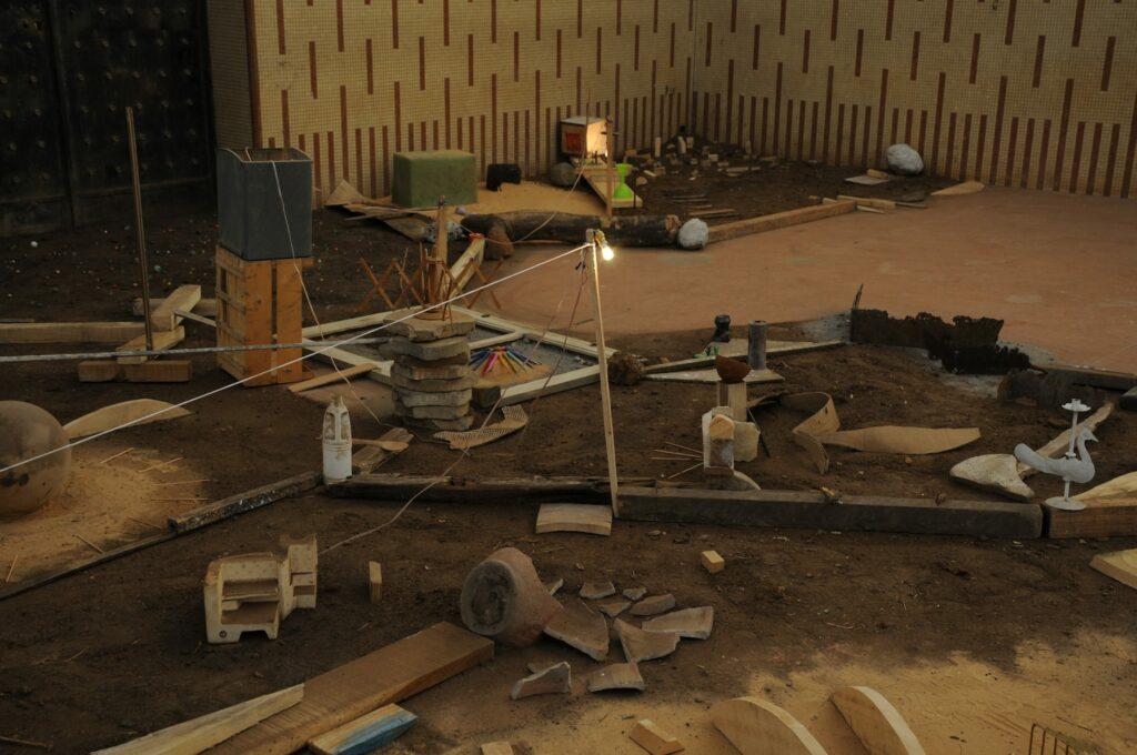 Youssef Limoud, maqam, installation view, Dakar Biennale 2016, courtesy of the artist