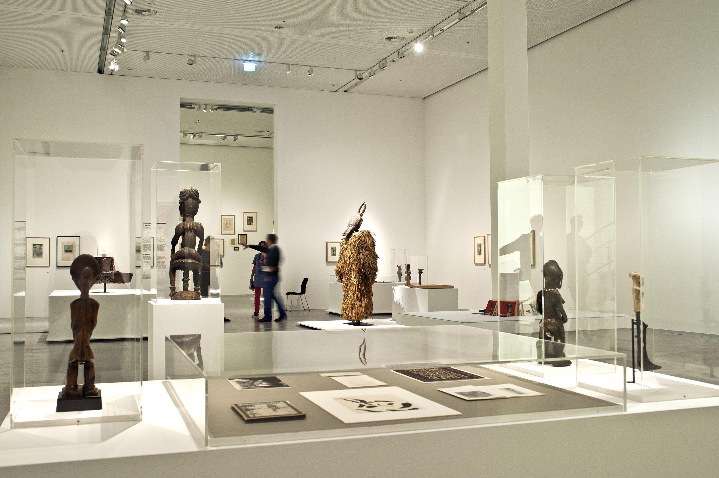 Installation view Dada Afrika - Dialog mit dem Fremden, 2016, Berlinische Galerie, Berlin. Courtesy of the Berlinische Galerie